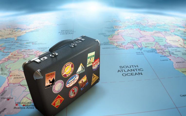 Are you looking for a job abroad? Follow our steps to succeed!